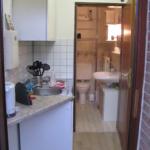 Blick vom Eingang in Küche und Bad 21-05-02