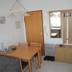 Blick von Küche zum Eingang 36-15-07