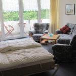 Wohn-/Schlafraum mit Blick zum Balkon 18-11-11
