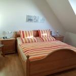 Schlafzimmer 11-32-25
